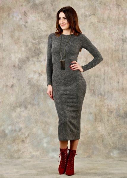 шерстяное миди-платье