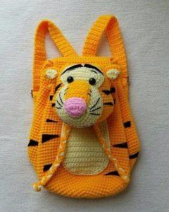 тигра-рюкзак