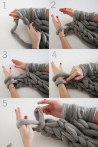 как вязать руками из толстой пряжи
