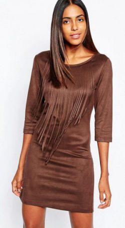 платье из искусственной замши с бахромой