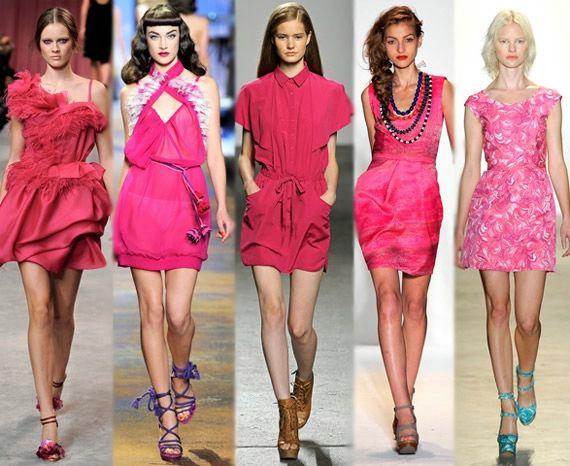Платья разных розовых оттенков