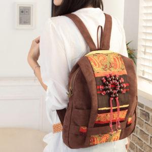 украшенный рюкзак
