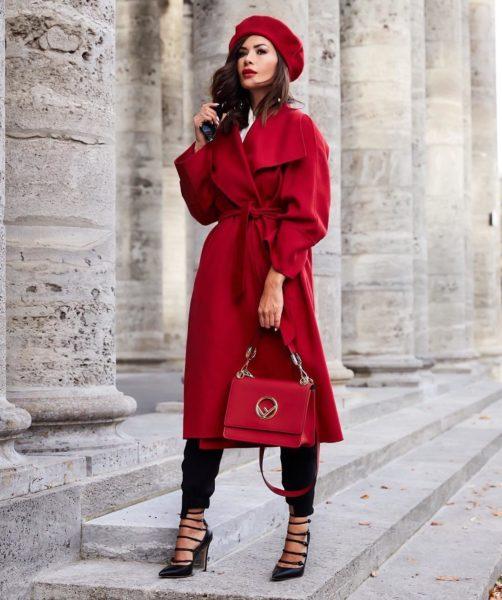 пальто с беретом
