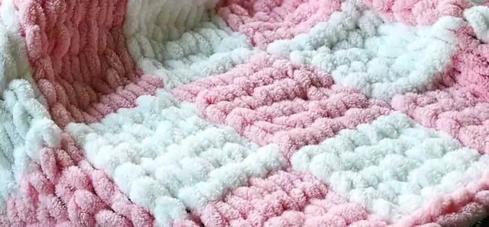 вязание без спиц плед двухцветный