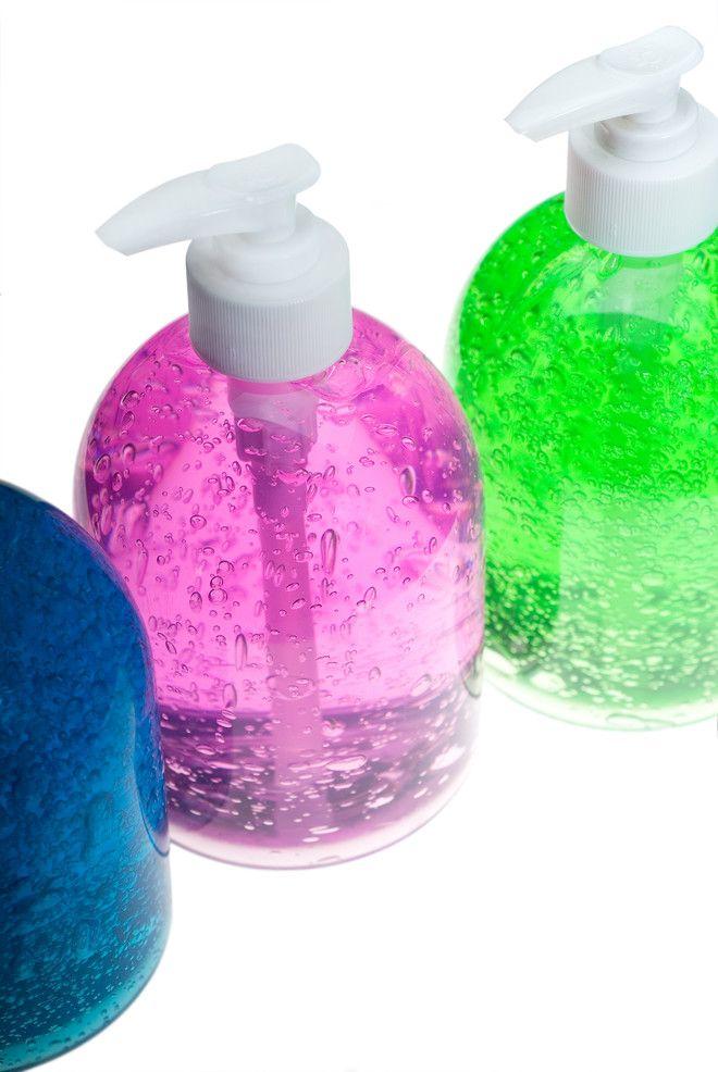 Способ с обычным жидким мылом.