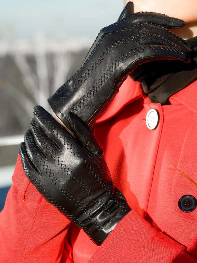 мягкость кожи перчаток
