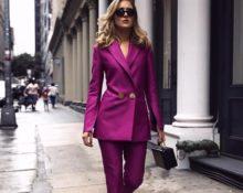 розовый деловой костюм