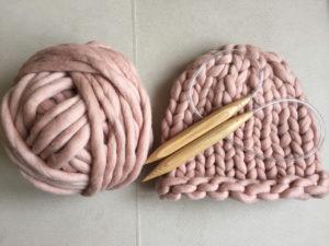 вязание шапки из толстой пряжи