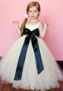 девочка в пышном платье
