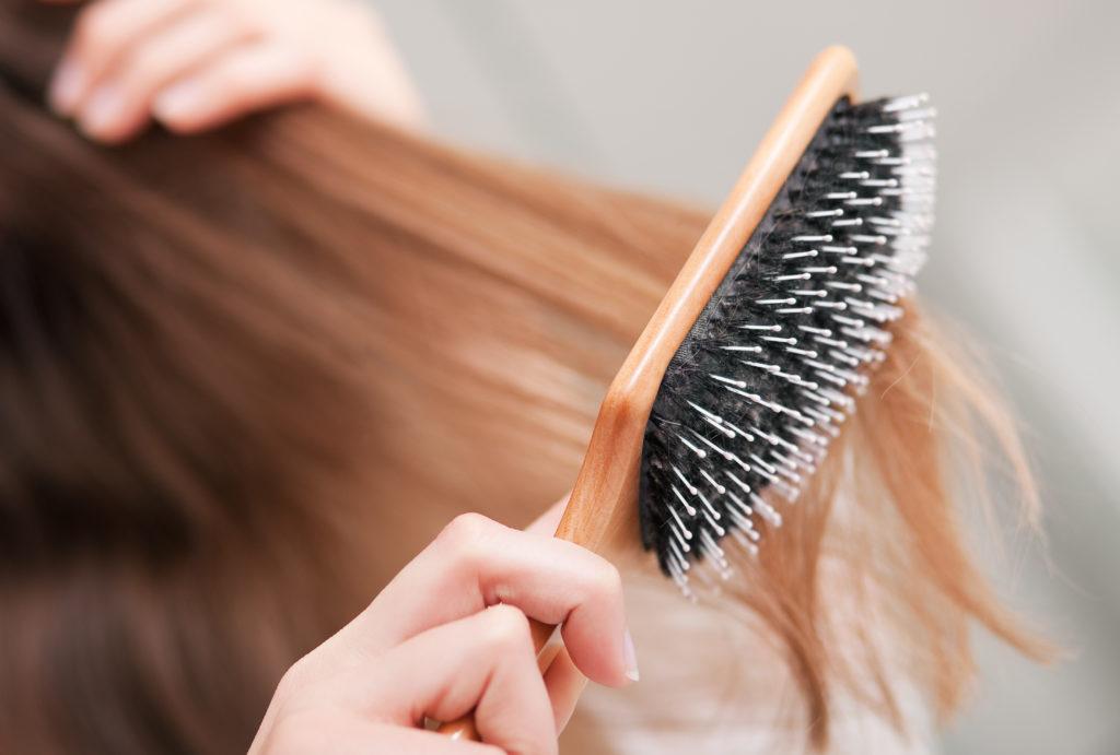 расчёска волосы