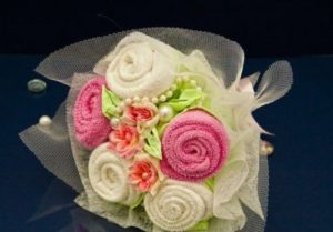 Букет роз из полотенца