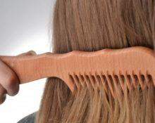 Польза и вред деревянной расчески для волос