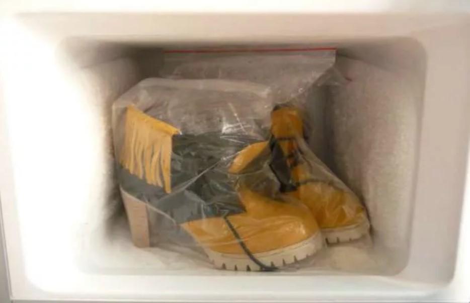 Замша искусственная обувь растянем в морозилке