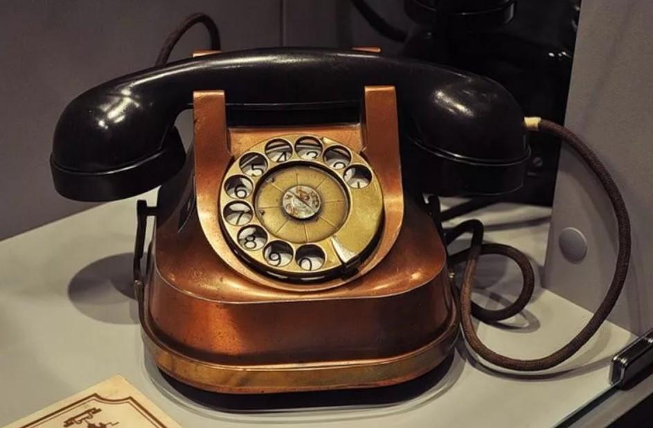 бакелит применение телефон