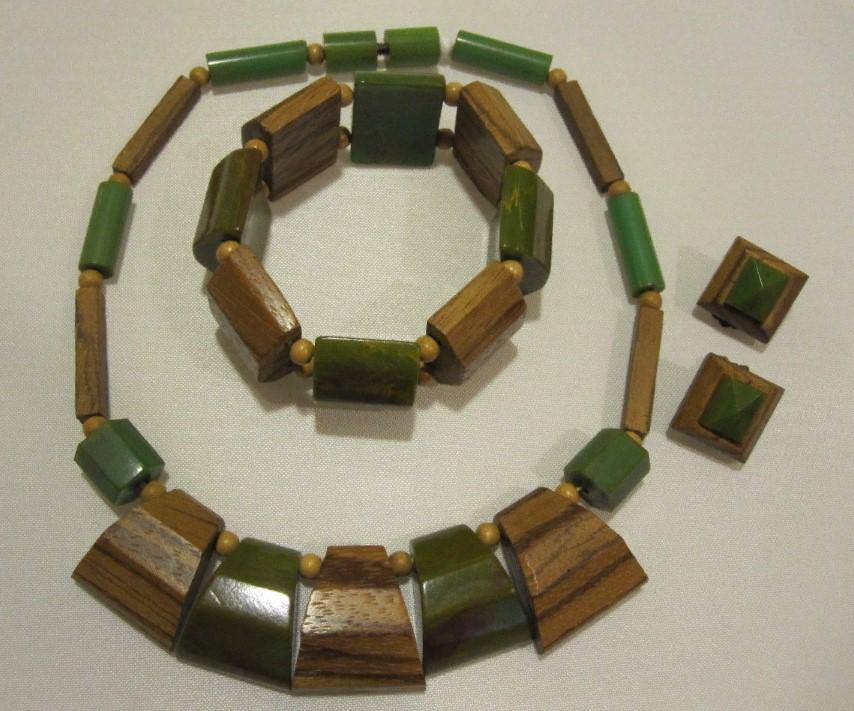 бакелит зеленый