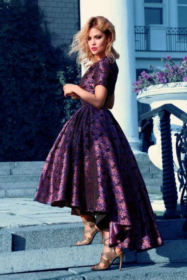 шёлковое платье с пышной юбкой