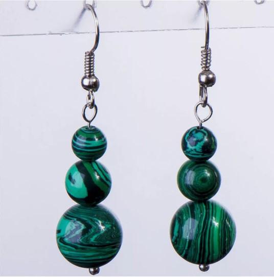 камни зеленые малахит