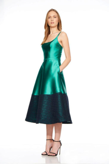 платье из шёлка а-силуэт