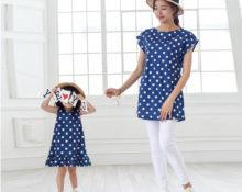Делаем из маминой футболки платье для дочки