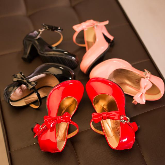 Детская обувь на каблуке