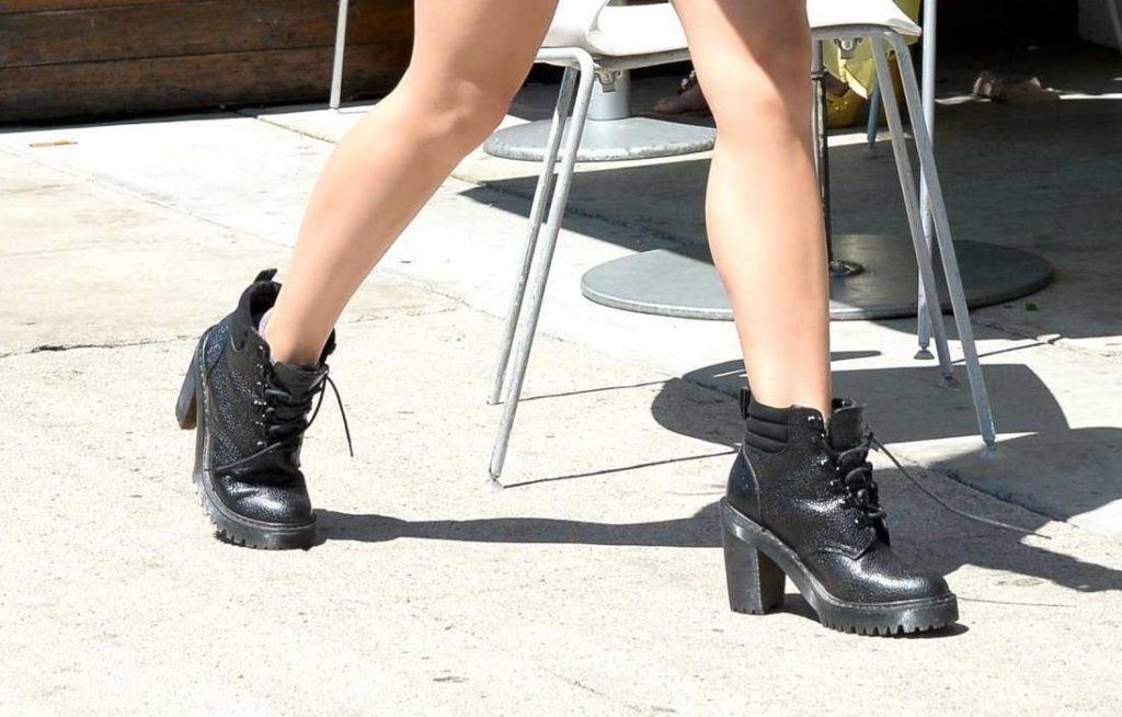 Звезды, которые даже летом носят ботинки