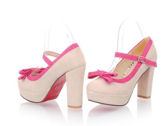 Детская обувь на каблуке: мода или уродство
