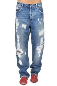Кожаные мокасины с широкими джинсами