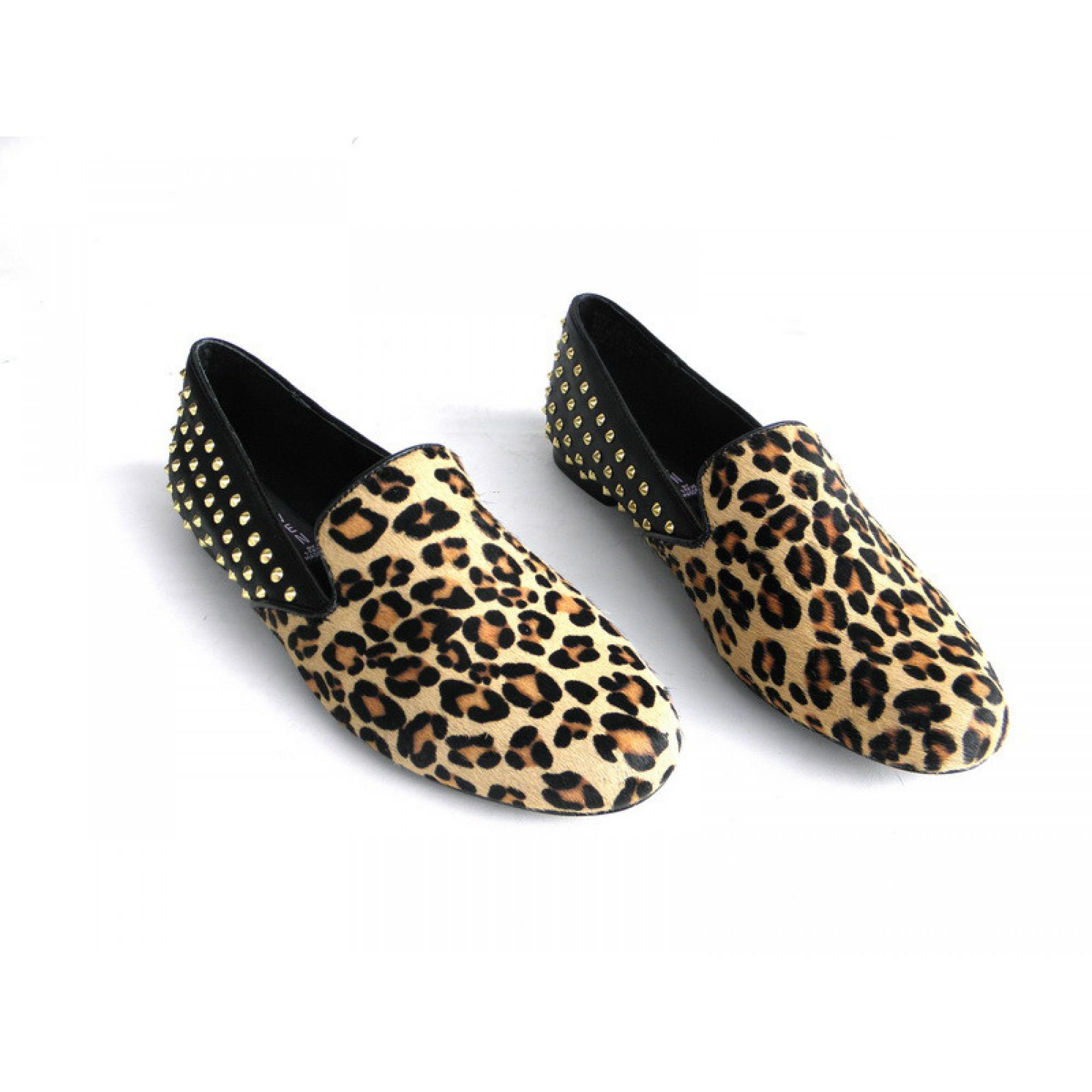 Леопардовые мокасины