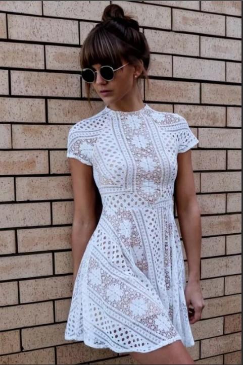 Летнее платье крючком белое