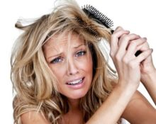 Что делать если волосы запутались в круглой расчёске