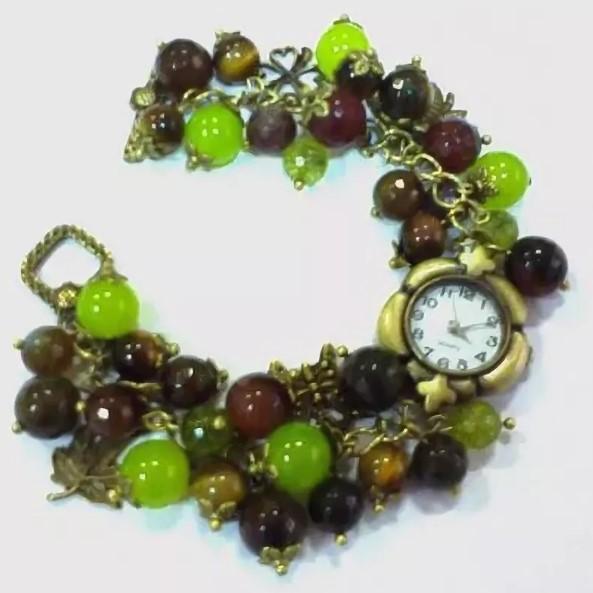 браслет из камня гроздья с часами