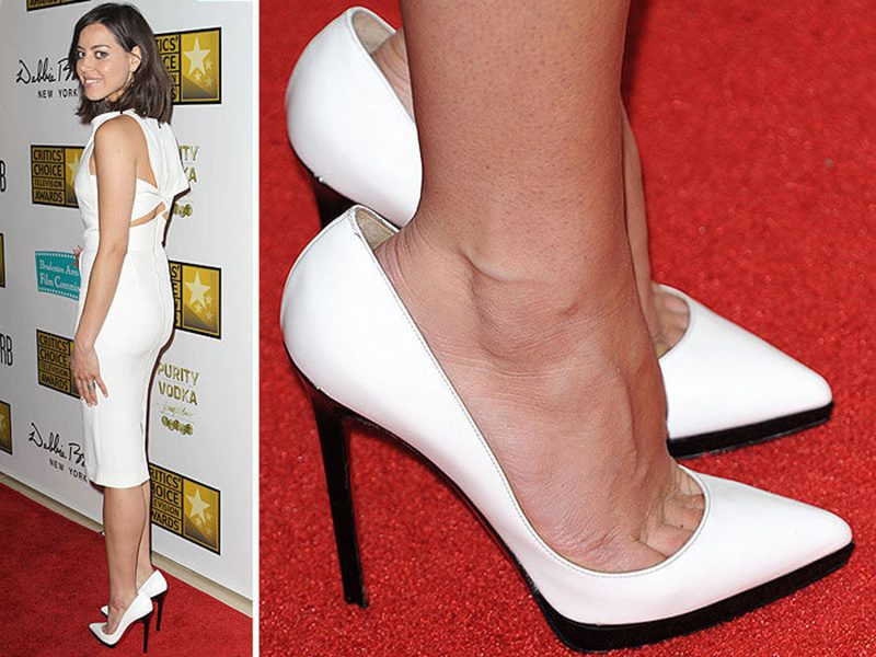 Почему звезды и азиатки покупают туфли на размер больше