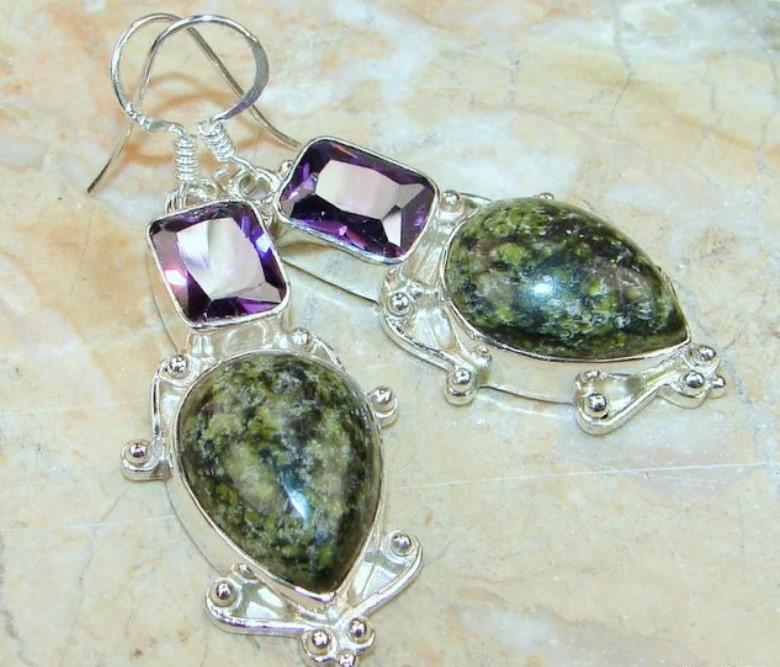 камни серьги с зеленой яшмой