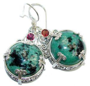 камни серьги с зеленым авантюрином