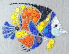 картины из пуговиц рыбка