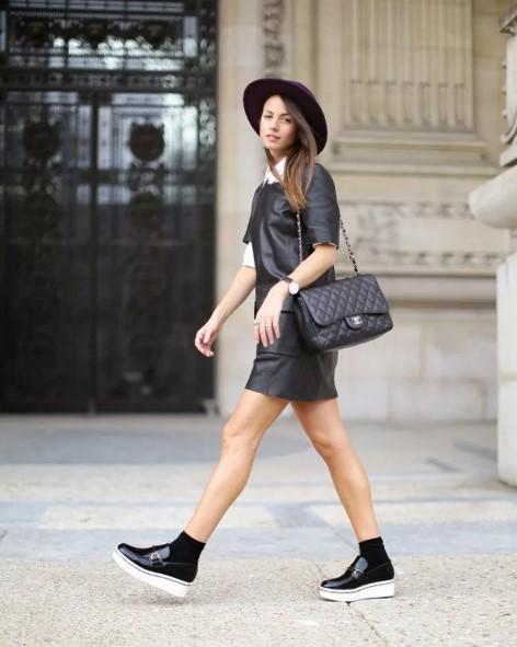 лофнры с кожаным платьем