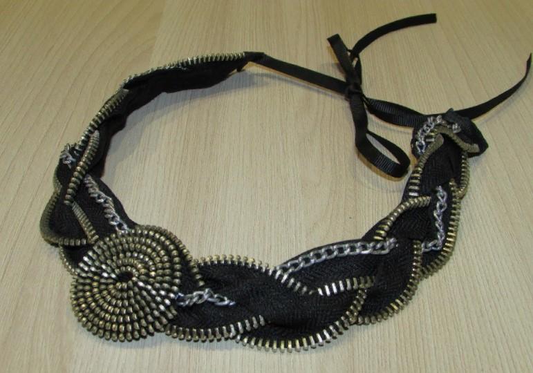 молния закончено ожерелье