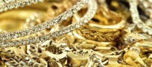Что надо делать с золотой цепочкой умершего