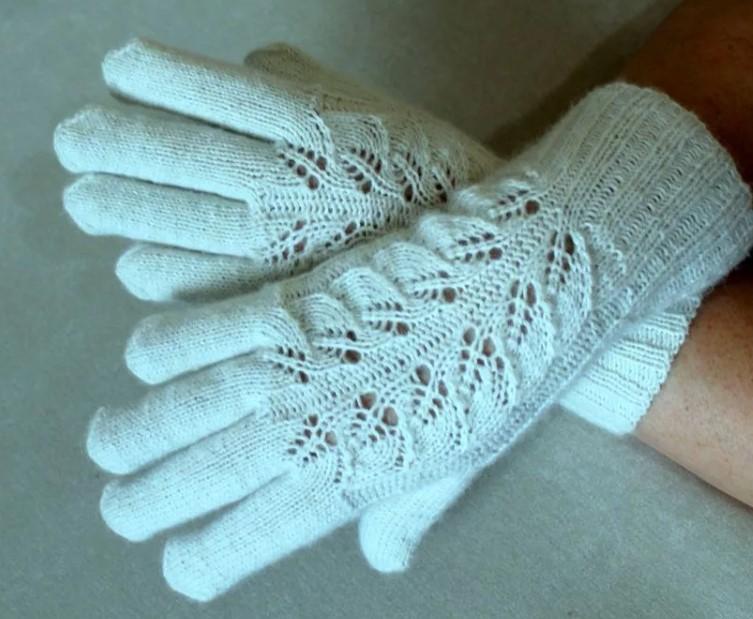 перчатки ажурные спицами 4