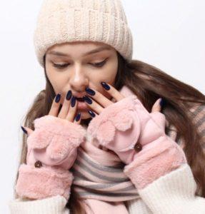 перчатки трансформер розовые с девушкой