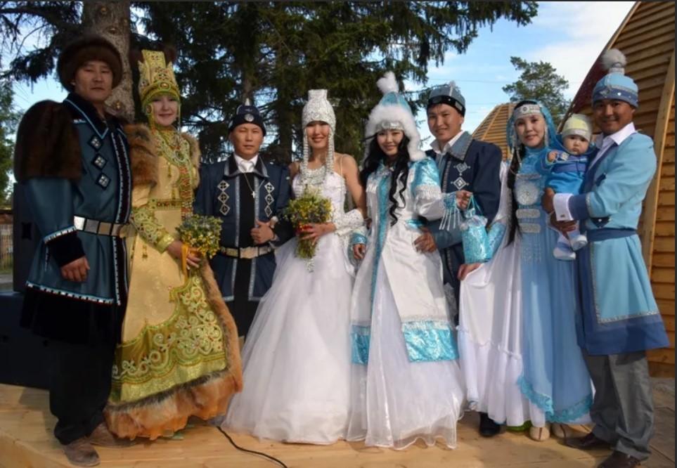 садебные костюмы якуты 1