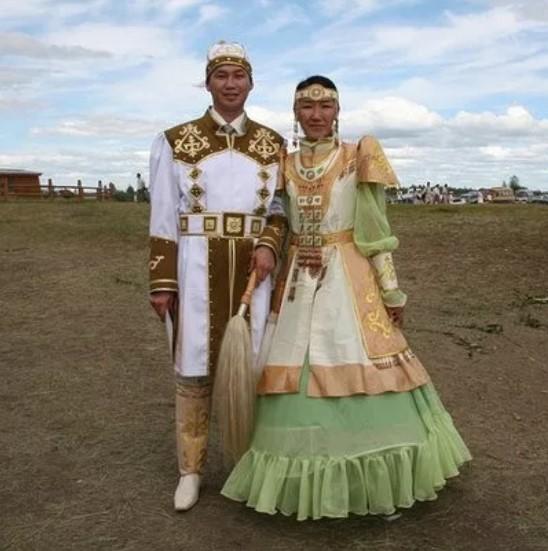 садебные костюмы якуты 2