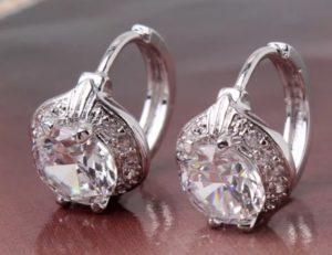 серьги с бриллиантами крупными