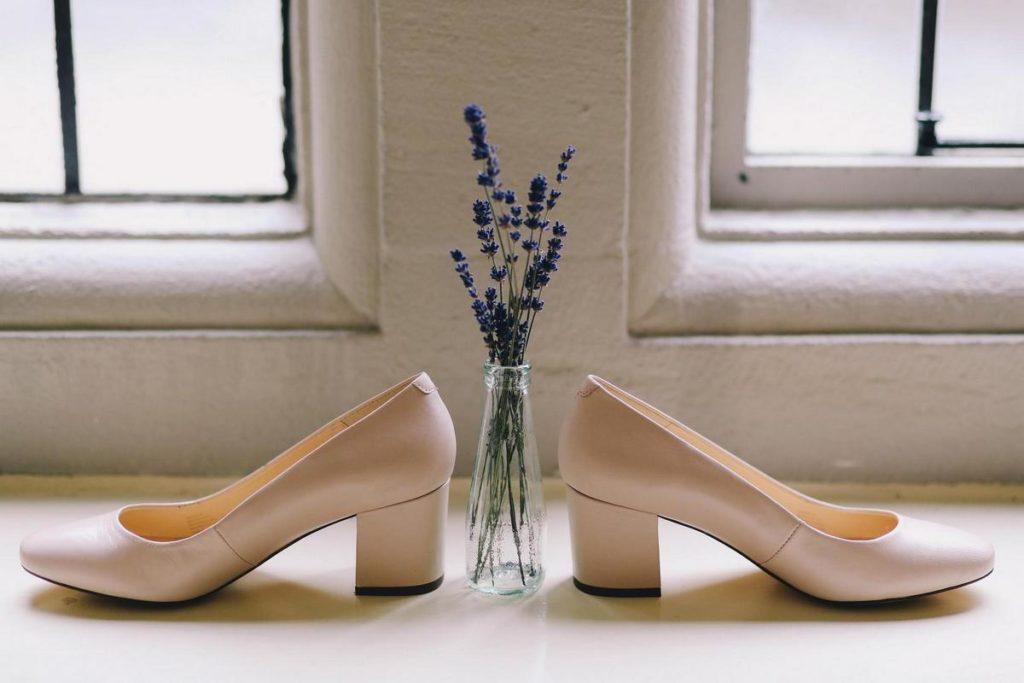 удобные туфли на низком каблуке