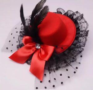 заколка шляпка красная