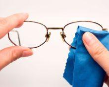 Можно ли протирать очки спиртом