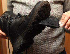 брак ботинок