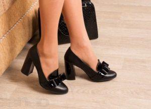 черные удобные туфли