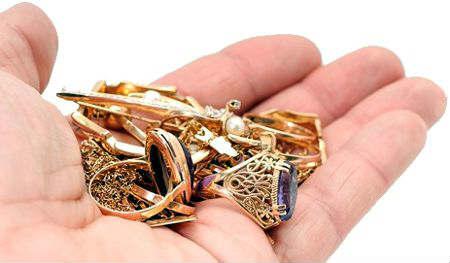 Можно ли носить золото по наследству