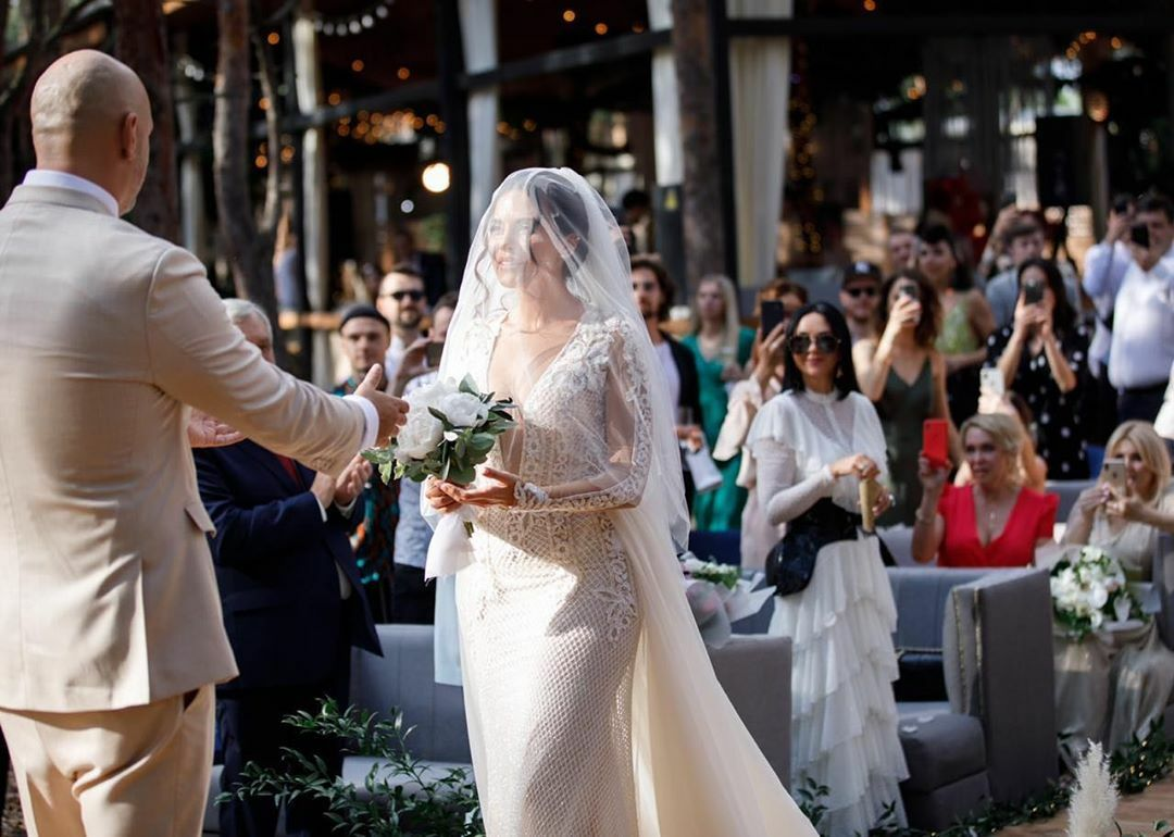 Свадьба Потапа и Насти: какие наряды выбрали молодожёны